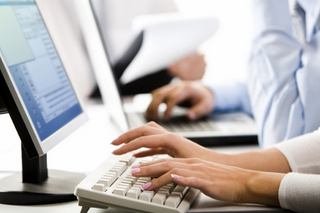 Top workplace email etiquette tips